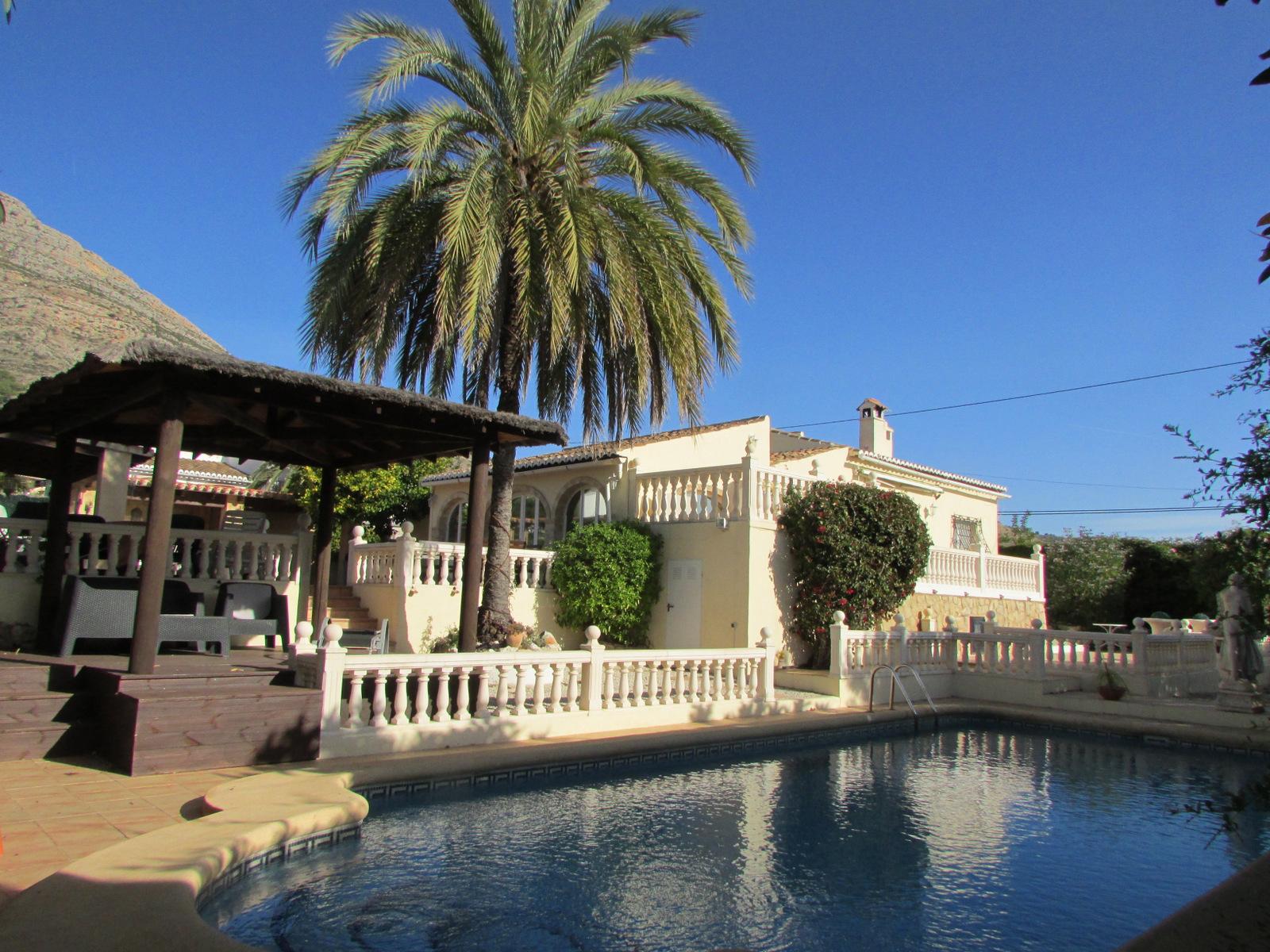 Gerenoveerde Villa