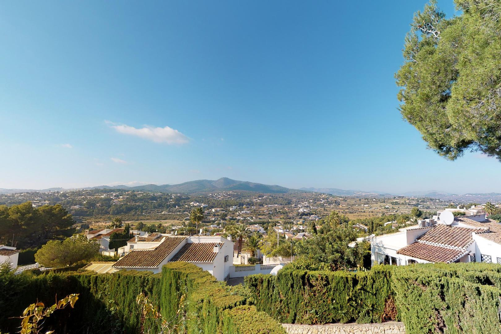 Detached Villa with spectacular views