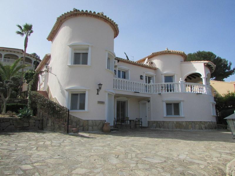 Villa, La Sella