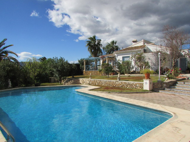 Lovely Villa in Valls